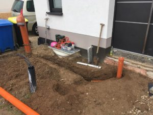Drainagerohr und Ablauf für den Fußabtreter