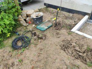 Eingebuddelt - der Rasen muss noch angelegt werden